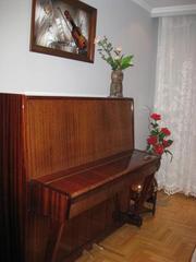 Продам фортепиано в хорошем состоянии